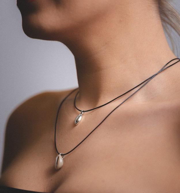 Κολιέ με κοχύλια | R&M atellier γυναικεία αξεσουάρ